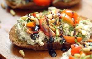 resep-olive-pasta-with-ricotta-on-bread
